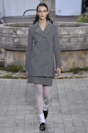Greta Varlese  on Catwalk
