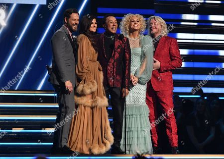 Little Big Town and Smokey Robinson