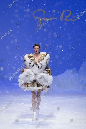 A model presents a creation from the Spring/Summer 2020 Haute Couture collection by Chinese designer Guo Pei during the Paris Fashion Week, in Paris, France, 22 January 2020. The presentation of the Haute Couture collections runs from 20 to 23 January 2020.