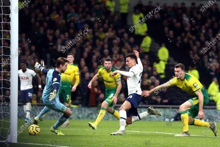 Dele Alli of Tottenham Hotspur scores the first goal during Tottenham Hotspur vs Norwich City, Premier League Football at Tottenham Hotspur Stadium on 22nd January 2020