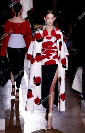 Models presents creations from the Spring/Summer 2020 Haute Couture collection by Italian designer Pier Paolo Piccioli for Valentino fashion house during the Paris Fashion Week, in Paris, France, 22 January 2020. The presentation of the Haute Couture collections runs from 20 to 23 January 2020.
