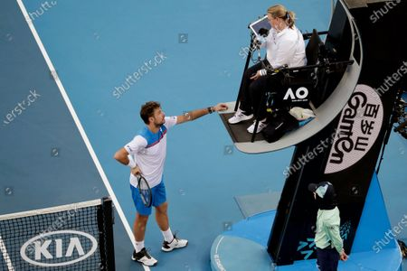 Stan Wawrinka of Switzerland argues with the umpire during his men's singles second round match against Andreas Seppi of Italy at the Australian Open Grand Slam tennis tournament in Melbourne, Australia, 23 January 2020.