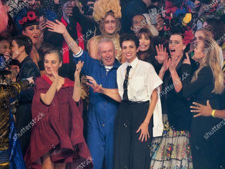 Catherine Ringer, Jean Paul Gaultier, Farida Khelfa and Estelle Lefebvre on the catwalk