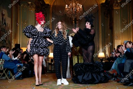 Spanish actress Rossy de Palma (R) applauds Spanish designer Juana Martin (C) during her Spring/Summer 2020 Haute Couture collection during the Paris Fashion Week, in Paris, France, 23 January 2020. The presentation of the Haute Couture collections runs from 20 to 23 January 2020.