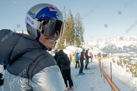 Former US skier Lindsey Vonn poses for photographs during a training run for the men's Downhill race of the FIS Alpine Skiing World Cup event in Kitzbuehel, Austria, 23 January 2020.