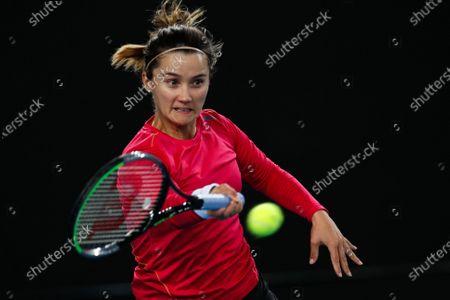 Lauren Davis of USA in action during her women's singles second round match against Elina Svitolina of Ukraine at the Australian Open Grand Slam tennis tournament in Melbourne, Australia, 24 January 2020.