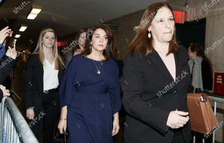 Actress Annabella Sciorra (C) arrives to testify as a witness in the sexual assault trial of former Hollywood producer Harvey Weinstein at New York State Supreme Court in New York, New York, USA, 23 January 2020. The trial, which is expected to last for about eight weeks, is based on sexual assault and rape allegations of two separate women. At right is Manhattan Assistant District Attorney Joan Illuzzi-Orbon, prosecutor in the case.