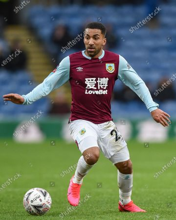 25th January 2020, Turf Moor, Burnley, England; Emirates FA Cup, Burnley v Norwich City : Aaron Lennon (25) of Burnley in action during the game