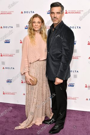 Stock Photo of LeAnn Rimes and Eddie Cibrian