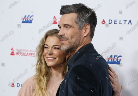 Stock Image of LeAnn Rimes and Eddie Cibrian