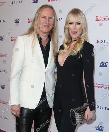 Stock Photo of Jerry Cantrell and CariDee English