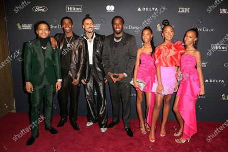 """Justin Dior Combs, Chris Combs, Quincy Combs, Sean """"Diddy"""" Combs and daughters"""