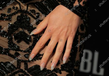 Jessie J, manicure detail