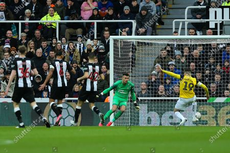 Jamie Mackie (#19) of Oxford United just fails to connect with a cross during the The FA Cup match between Newcastle United and Oxford United at St. James's Park, Newcastle