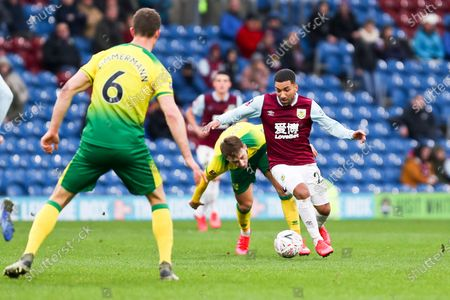 Burnley midfielder Aaron Lennon (25) in action during the The FA Cup match between Burnley and Norwich City at Turf Moor, Burnley