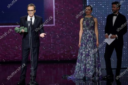Alberto Iglesias (L) wins the Best Original Music award for his work on 'Dolor y Gloria' during the 34th Goya Awards ceremony held at the Jose Maria Martin Carpena Sports Palace in Malaga, Spain, 25 January 2020. The awards are presented by the Spanish Film Academy.