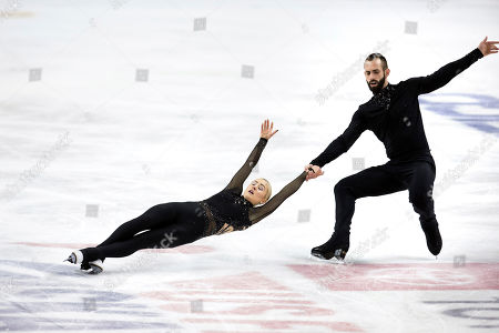 Ashley Cain-Gribble and Timothy LeDuc compete in the senior pairs free skate program at the U.S. Figure Skating Championships, in Greensboro, N.C