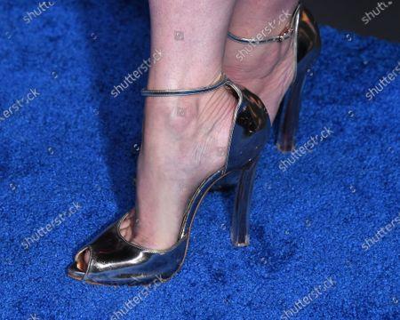 Emilie de Ravin, shoe detail
