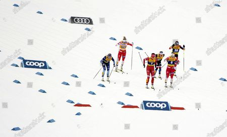 Anne Kylloenen of Finland (L-R), Astrid Uhrenholdt Jacobsen of Norway, Natalia Nepryaeva of Russia, Katerina Razymova of Czech Republic, Anna Svendsen of Norway and Monika Skinder of Poland in action during the women's sprint classic quarter final race at the FIS Cross-Country skiing World Cup in Oberstdorf, Germany, 26 January 2020.