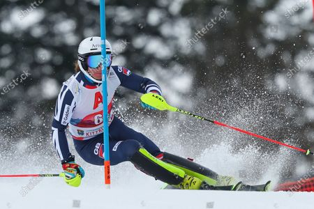 Laurie Taylor of Great Britain races down the course during the Audi FIS Alpine Ski World Cup Slalom race on in Kitzbuehel, Austria. (Mitchell Gunn/ESPA-Images)