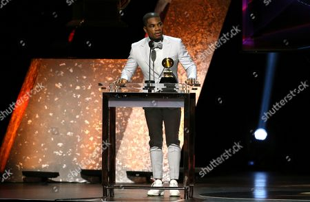 """Kirk Franklin accepts the award for best gospel album for """"Long Live Love"""" at the 62nd annual Grammy Awards, in Los Angeles"""