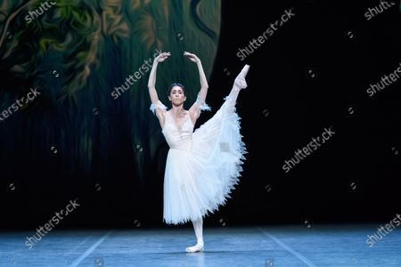 Stock Photo of Yasmine Naghdi rehearses for 'Giselle'