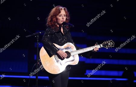 """Bonnie Raitt performs """"Angel from Montgomery"""" at the 62nd annual Grammy Awards, in Los Angeles"""