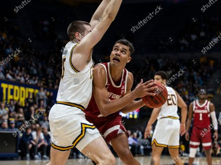 Berkeley, CA U.S.A. Stanford Cardinal forward Oscar da Silva (13) battle for position in the paint during the NCAA Men's Basketball game between Stanford Cardinal and the California Golden Bears 50-52 lost at Hass Pavilion Berkeley Calif. Thurman James / CSM