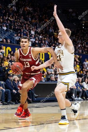Berkeley, CA U.S.A. Stanford Cardinal forward Oscar da Silva (13) drives to the basket during the NCAA Men's Basketball game between Stanford Cardinal and the California Golden Bears 50-52 lost at Hass Pavilion Berkeley Calif. Thurman James / CSM