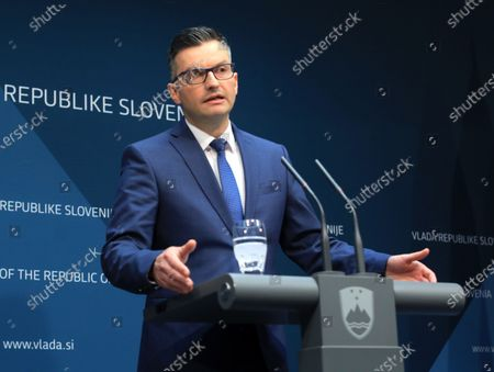 Slovenian Prime Minister Marjan Sarec talks to the media during a press conference in Ljubljana, Slovenia, 27 January 2020, where he announced his resignations and called for a snap election.