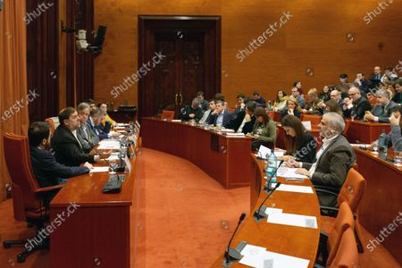 Oriol Junqueras (2-L), imprisoned former Catalan regional Deputy President, delivers a speech during the inquiry commission on the implementation of Spanish Constitution's article 155 at regional Parliament in Barcelona, Spain, 28 January 2020. The implementation of the article by the central government led to the dismissals of former Catalan ministers for their involvement in the pro-independence process in 2017. Imprisoned former Catalan Deputy President Oriol Junqueras and former regional ministers Jordi Turull, Josep Rull, Raul Romeva, Dolors Bassa and Joaquim Form left the jail to attend the inquiry.