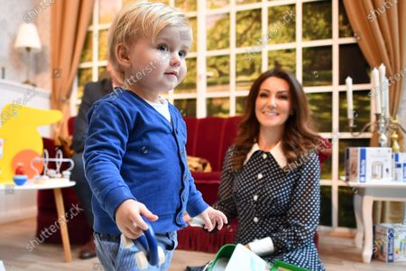 One-year-old Leo (L) and Heidi Agan pose as lookalikes of the Duchess of Cambridge and her son George during the 2020 International Toy Fair Press Preview in Nuremberg, Germany, 28 January 2020. The exhibition is open exclusively to professional visitors from 29 January until 02 February.
