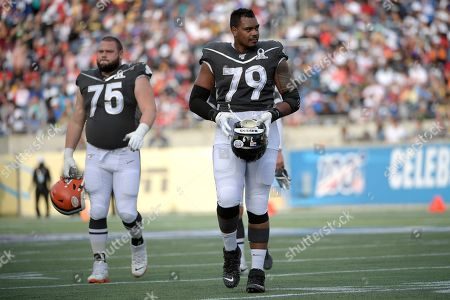 LPGA Diamond Resorts Tournament of Champions. AFC guard Joel Bitonio (75), of the Cleveland Browns, and offensive lineman Ronnie Stanley (79), of the Baltimore Ravens, leave the field after the first half of the NFL Pro Bowl football game against the NFC in Orlando, Fla
