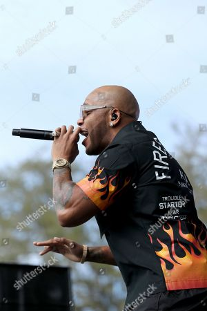 Flo Rida performs before the NFL Pro Bowl football game, in Orlando, Fla