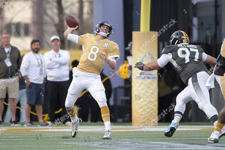 LPGA Diamond Resorts Tournament of Champions. NFC quarterback Kirk Cousins (8), of the Minnesota Vikings, throws a pass in front of AFC defensive tackle Cameron Heyward (97), of the Pittsburgh Steelers, during the second half of the NFL Pro Bowl football game in Orlando, Fla
