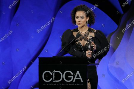 """Nathalie Emmanuel accepting on behalf of Michele Clapton - Excellence in Sci-Fi/Fantasy Television - 'Game of Thrones: """"The Iron Throne""""'"""