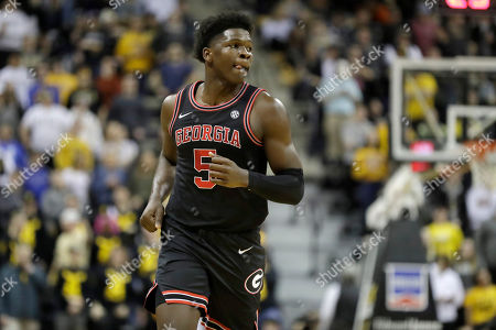 Georgia's Anthony Edwards jogs down the court during the first half of an NCAA college basketball game against Missouri, in Columbia, Mo