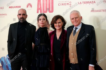 Spanish cast actors Luis Tosar (L) and Anna Castillo (2L) pose with Spanish Vice President, Carmen Calvo (2R), and Italian producer and CEO of Mediaset, Paolo Vasile (R), during the presentation of the film 'Adu' in Madrid, Spain, 28 January 2020 (issued 29 January 2020).  The film, directed by Spanish director Salvador Calvo, narrates the drama behind migration in Melilla, Spanish enclave on the north of Africa.