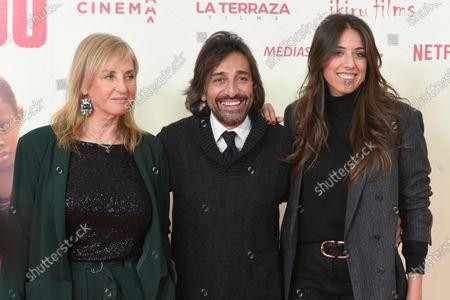 Mariola Orellana (L), Antonio Carmona and Marina Carmona