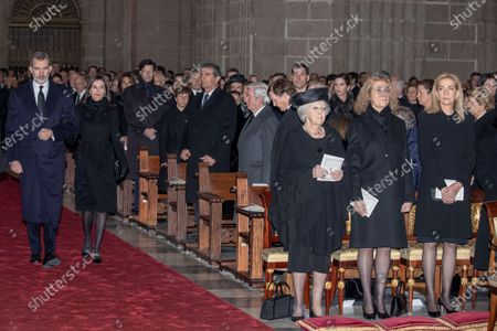 Spain's King Felipe VI (L) and Queen Letizia (2-L), Dutch Princess Beatrix (3-R), Spanish princesses Elena de Borbon (2-R) and Cristina de Borbon (R), attend the funeral of Spanish princess Pilar de Borbon, Duchess of Badajoz and Monarch' aunt, at the Real Monasterio de San Lorenzo basilica, in El Escorial, outside Madrid, Spain, 29 January 2020. More than 200 people attend the funeral, held 21 days after the death of the princess at 83.