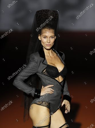 Spanish model Vanessa Lorenzo presents a 2020/2021 autumn-winter's creation by Spanish designer Nuria Sarda for Andres Sarda lingerie brand, during a parade held as part of Mercedes-Benz Madrid Fashion Week 2020 (MBFWMadrid) at Ifema pavilion in Madrid, Spain, 29 January 2020.
