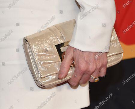 Mireille Enos, bag detail