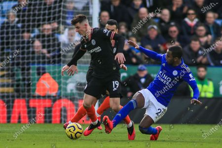 1st February 2020, King Power Stadium, Leicester, England; Premier League, Leicester City v Chelsea : Mason Mount (19) of Chelsea been tackled by Ricardo Pereira (21) of Leicester City