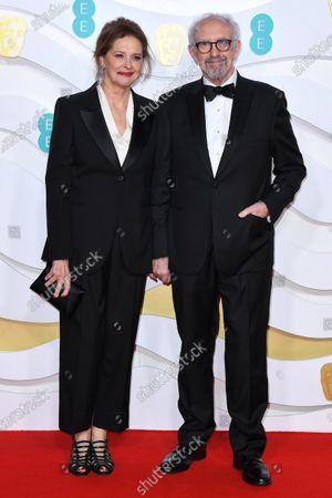 Kate Fahy and Jonathan Pryce