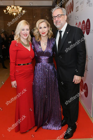 Anna Smith, Sally Phillips and Rich Cline