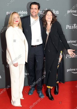 Bastian Pastewka (C) and actresses Sonsee Neu (L) Sabine Vitua pose on the red carpet for the premiere of the tenth season of 'Pastewka', in Berlin, Germany, 30 January 2020. Pastewka is a German television sitcom that ran initially from 2005 to 2014. German actor Bastian Pastewka stars as a fictionalized version of himself.