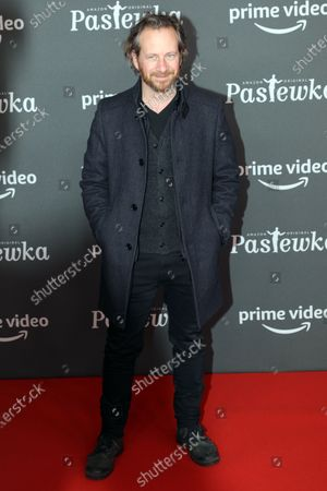 German actor Fabian Busch poses on the red carpet for the premiere of the tenth season of 'Pastewka', in Berlin, Germany, 30 January 2020. Pastewka is a German television sitcom that ran initially from 2005 to 2014. German actor Bastian Pastewka stars as a fictionalized version of himself.