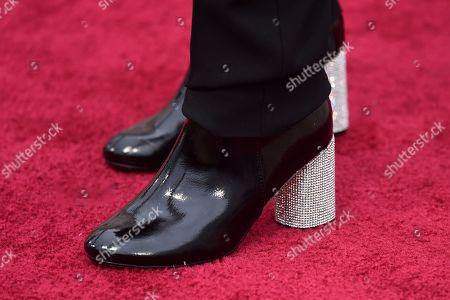 Diane Warren, shoe detail