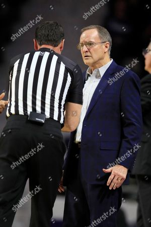 Oklahoma head coach Lon Kruger during the second half of an NCAA college basketball game against Kansas State in Manhattan, Kan., . Kansas State defeated Oklahoma 61-53
