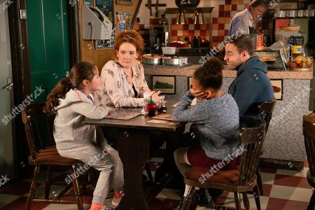 Ep 10002 Monday 10th February 2020 - 1st Ep Fiz Stape, as played by Jennie McAlpine, and Tyrone Dobbs, as played by Alan Halsall, break the news to Hope Stape, as played by Isabella Flanagan, that they've decided she can see Jade again. Hope's thrilled whilst Fiz and Tyrone wonder if they've done the right thing.